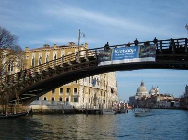 Ponte delAccademia