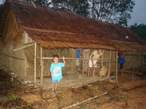 Gambar terkini rumah tempat berteduh yang didiami oleh Saudara Kita di Ulu Kota, Pakan, Sarikei.