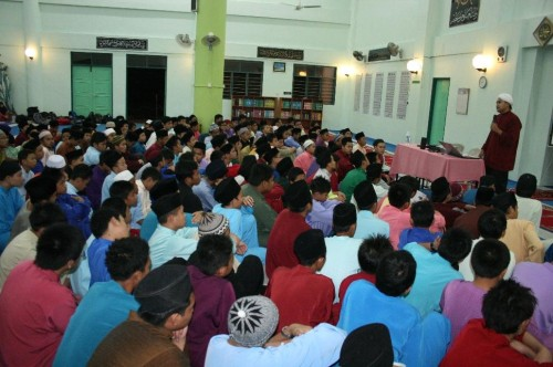 Roadshow Palestin di SMK Agama Miri