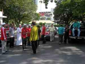 Berkumpul di Pejabat Agama Islam Miri