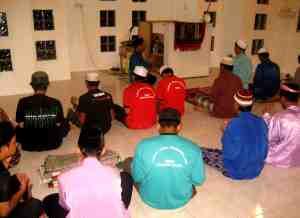 Solat Isya dan Solat Tarawih berjamaah
