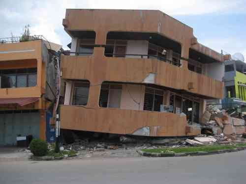 Sebahagian Kesan Gempa di Kota Padang